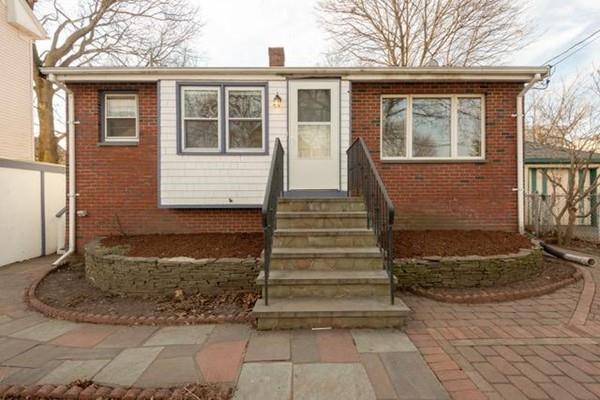 63 S Elm St, Lynn, MA 01905 (MLS #72433063) :: Commonwealth Standard Realty Co.
