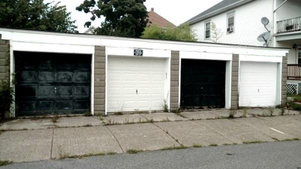 66 Exeter Street, Pawtucket, RI 02860 (MLS #72433912) :: AdoEma Realty