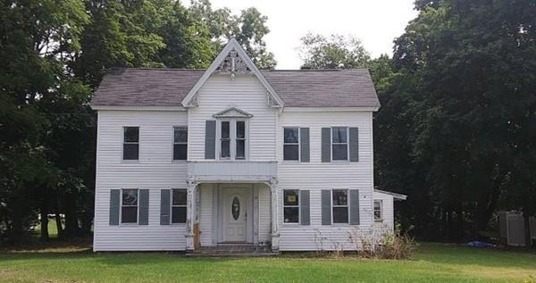 15 Bolton Rd, Lancaster, MA 01523 (MLS #72435106) :: The Home Negotiators