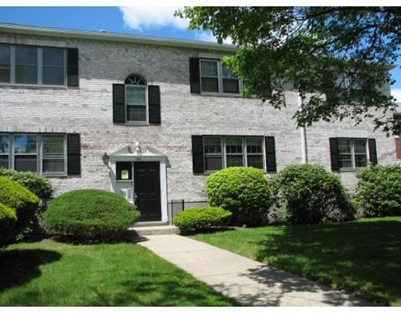 166 Lake Shore Rd #2, Boston, MA 02135 (MLS #72436598) :: ERA Russell Realty Group