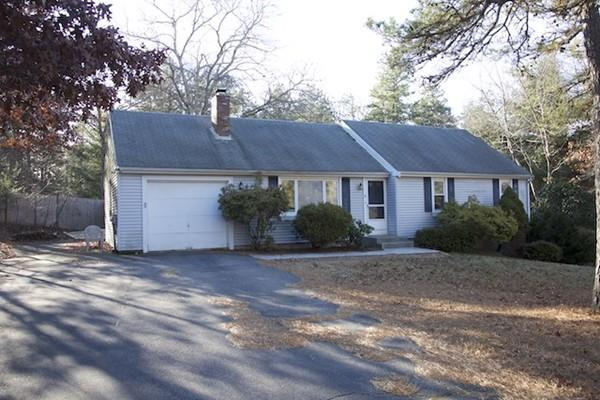 8 Hood Dr, Plymouth, MA 02360 (MLS #72437159) :: Trust Realty One