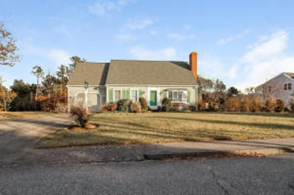 172 Oxford Dr, Barnstable, MA 02635 (MLS #72438342) :: ERA Russell Realty Group