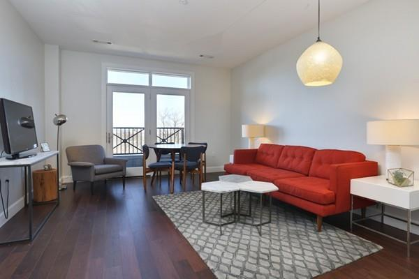 1501 Commonwealth #301, Boston, MA 02135 (MLS #72439183) :: ERA Russell Realty Group
