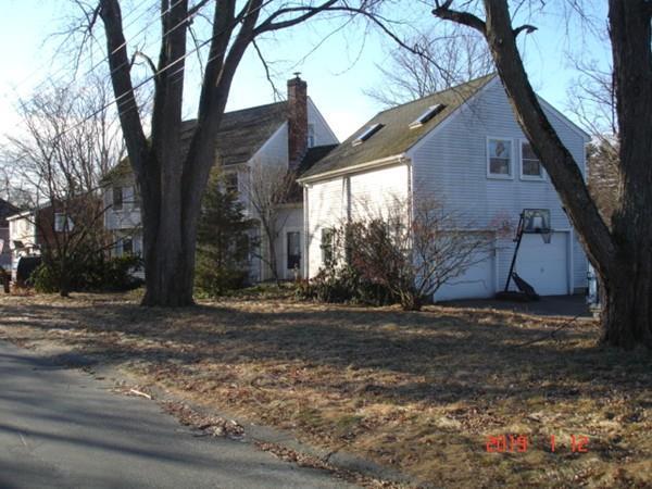 19 Mohawk Road, Burlington, MA 01803 (MLS #72440328) :: Exit Realty
