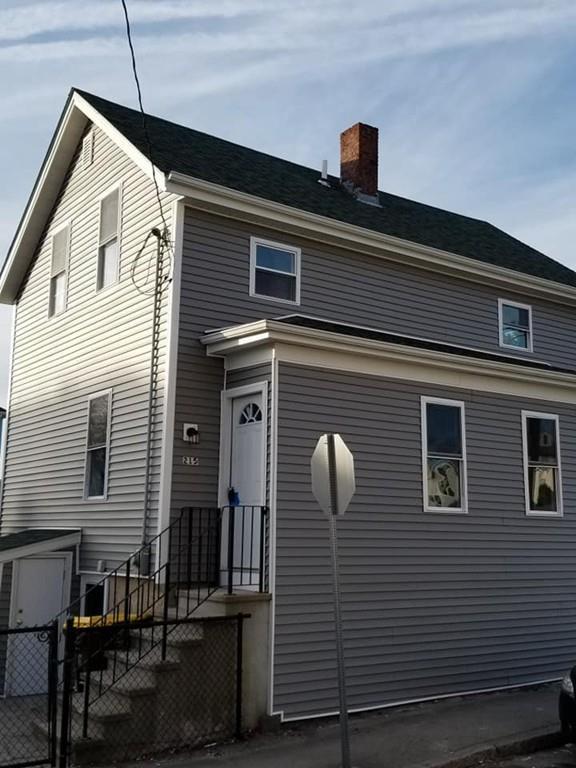 215 Raymond St, Fall River, MA 02723 (MLS #72443937) :: Cobblestone Realty LLC
