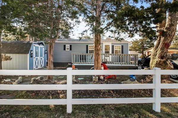 2 Second Street, Bourne, MA 02532 (MLS #72446892) :: Vanguard Realty