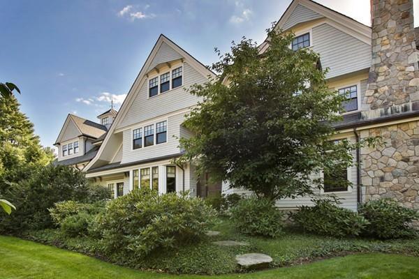 201 Highland Street, Newton, MA 02465 (MLS #72449689) :: Compass Massachusetts LLC
