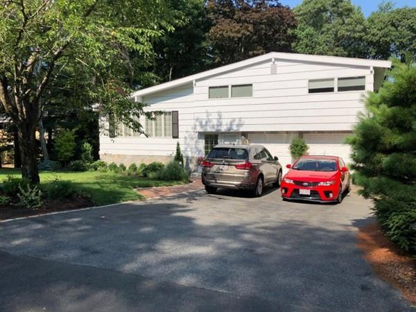 16 Russell Rd, Lexington, MA 02420 (MLS #72451592) :: Commonwealth Standard Realty Co.