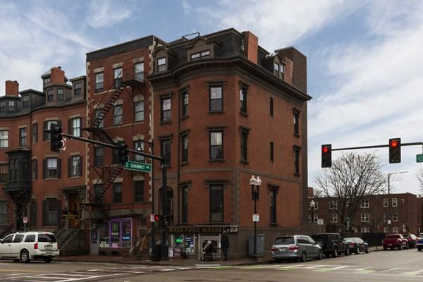 603 Massachusetts Ave, Boston, MA 02118 (MLS #72454376) :: Revolution Realty