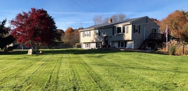 824 East, Tiverton, RI 02878 (MLS #72457376) :: Westcott Properties