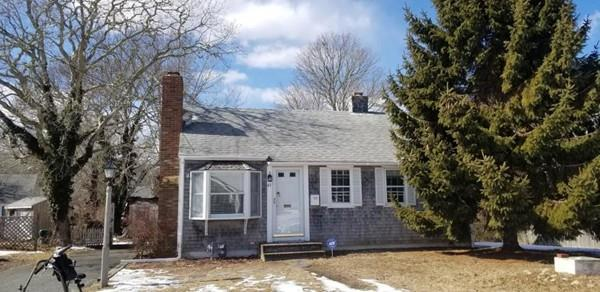 45 Mcgee St, Yarmouth, MA 02673 (MLS #72465321) :: Welchman Real Estate Group | Keller Williams Luxury International Division