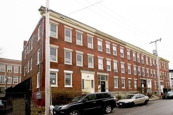 2 Fernboro St #1, Boston, MA 02121 (MLS #72466078) :: Westcott Properties