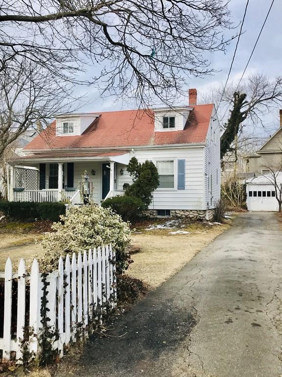 105 Fern St, New Bedford, MA 02744 (MLS #72466878) :: Mission Realty Advisors