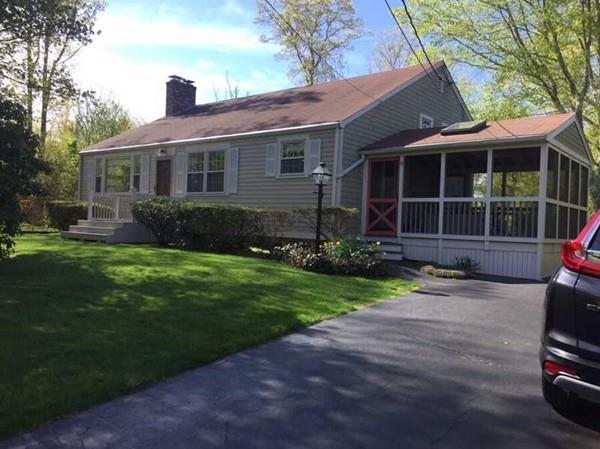 19 Chabot Street, Westport, MA 02790 (MLS #72468840) :: Welchman Real Estate Group | Keller Williams Luxury International Division