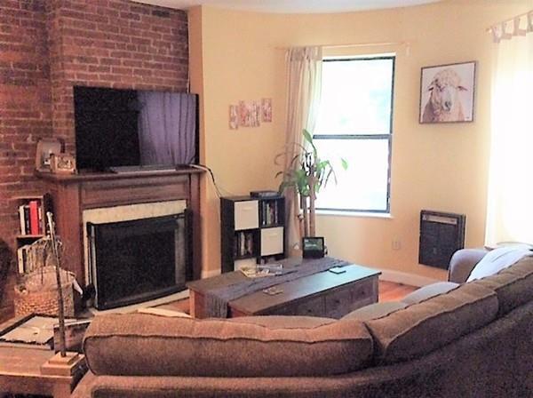 111 Gainsborough St #102, Boston, MA 02115 (MLS #72468974) :: Mission Realty Advisors