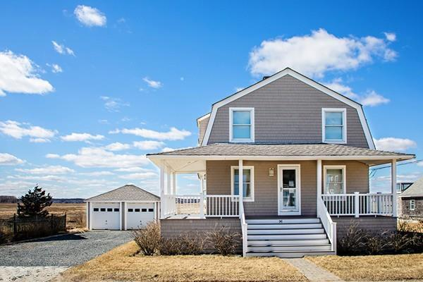 96 Gurnet Rd, Duxbury, MA 02332 (MLS #72469077) :: Lauren Holleran & Team
