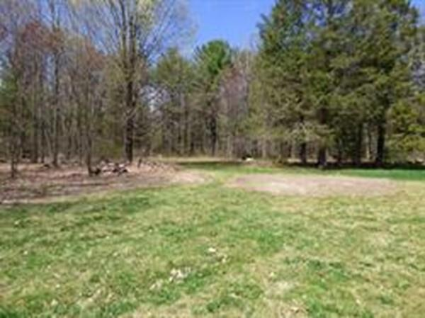 Lot A Amherst Road, Pelham, MA 01002 (MLS #72473462) :: Apple Country Team of Keller Williams Realty