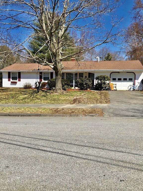 17 Sherwood Ave, Danvers, MA 01923 (MLS #72474835) :: Westcott Properties