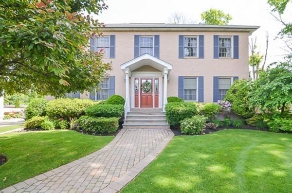 21 Cusano Circle, Waltham, MA 02451 (MLS #72475579) :: Primary National Residential Brokerage