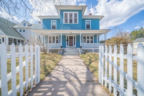 193 Pleasant Street, Holyoke, MA 01040 (MLS #72476549) :: NRG Real Estate Services, Inc.
