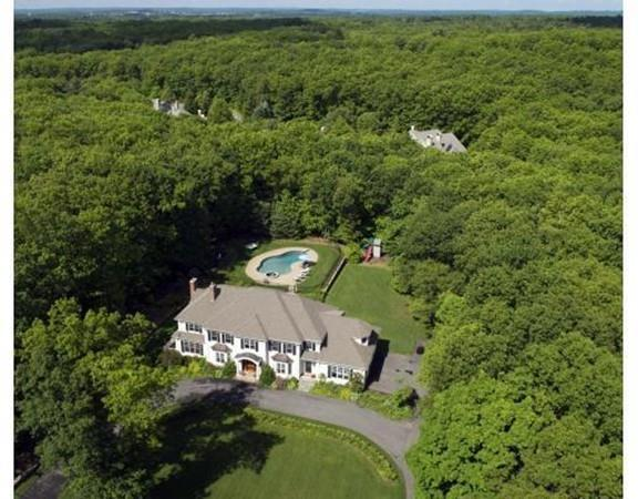124 Country Drive, Weston, MA 02493 (MLS #72478869) :: Kinlin Grover Real Estate