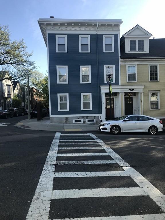209 Bunker Hill St #2, Boston, MA 02129 (MLS #72482305) :: Revolution Realty