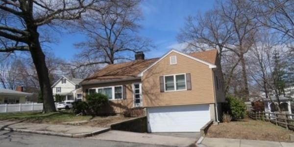 106 Oakmere St, Boston, MA 02132 (MLS #72482465) :: The Muncey Group
