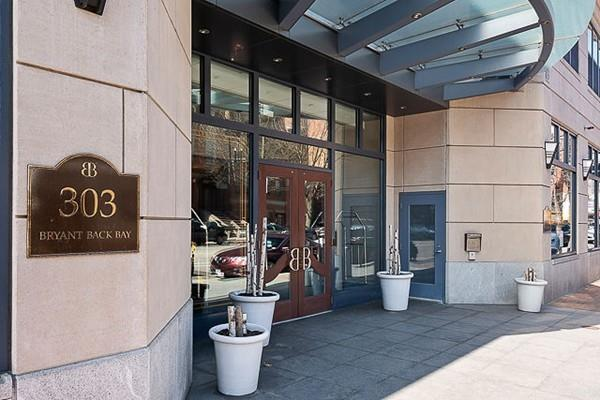 303 Columbus Ave #804, Boston, MA 02116 (MLS #72483226) :: The Gillach Group