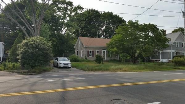 725 Newport Ave, Attleboro, MA 02703 (MLS #72483788) :: The Russell Realty Group