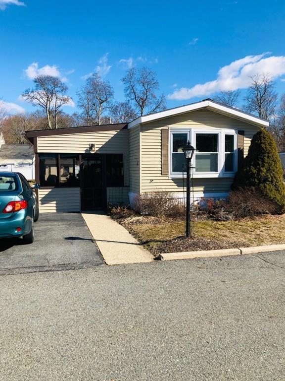 6 Melissa Drive, Attleboro, MA 02703 (MLS #72484947) :: Westcott Properties