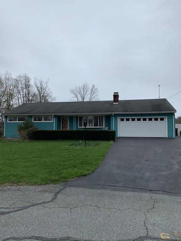 35 Walnut St, Swansea, MA 02777 (MLS #72485556) :: Apple Country Team of Keller Williams Realty