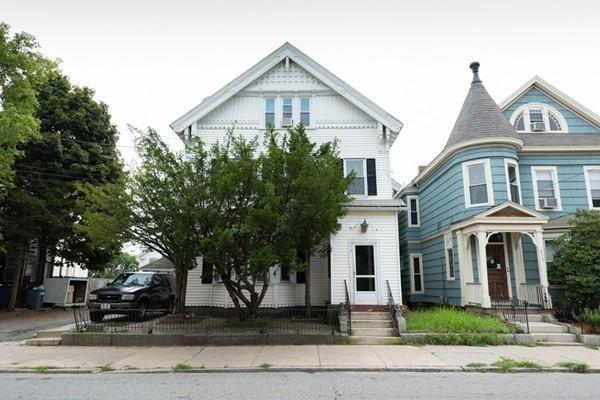 274 Haverhill St, Lawrence, MA 01840 (MLS #72486284) :: Trust Realty One