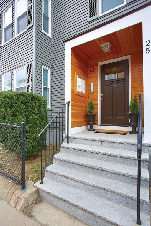 25 Chestnut Ave, Boston, MA 02130 (MLS #72486420) :: The Muncey Group