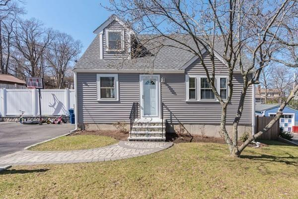 126 Arborway Dr, Braintree, MA 02184 (MLS #72486611) :: The Muncey Group