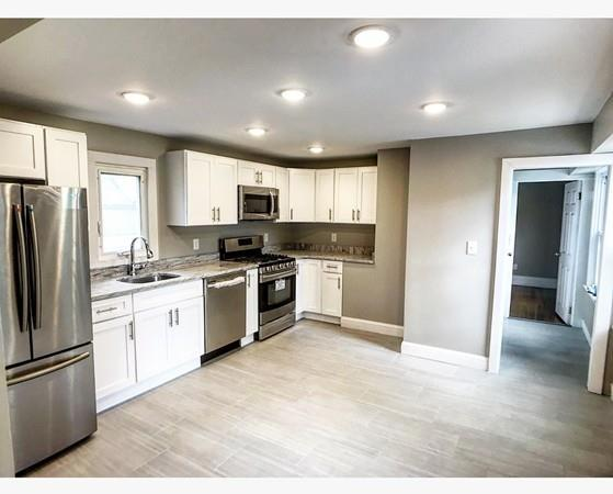 34 Sargent Ave #2, Somerville, MA 02145 (MLS #72487605) :: AdoEma Realty