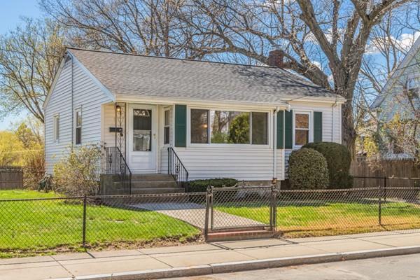 10 Maplewood St, Boston, MA 02132 (MLS #72488357) :: Trust Realty One