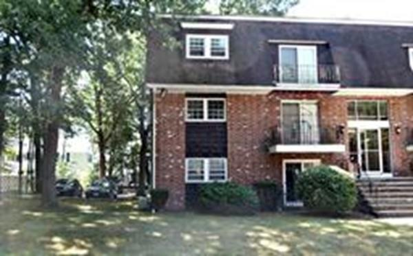 104 Ford Street D, Methuen, MA 01844 (MLS #72490897) :: Westcott Properties