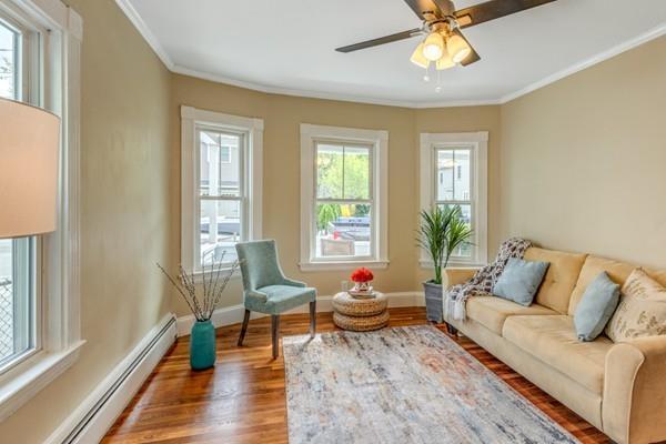 22 Cook Street #1, Newton, MA 02458 (MLS #72491349) :: Welchman Real Estate Group | Keller Williams Luxury International Division