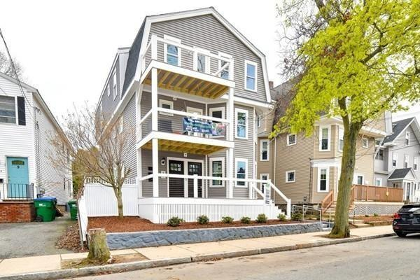 5 Irving St #1, Medford, MA 02155 (MLS #72494359) :: Welchman Real Estate Group | Keller Williams Luxury International Division
