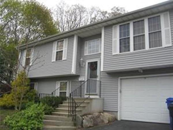 1 Hill Street, North Providence, RI 02911 (MLS #72494595) :: Welchman Real Estate Group | Keller Williams Luxury International Division