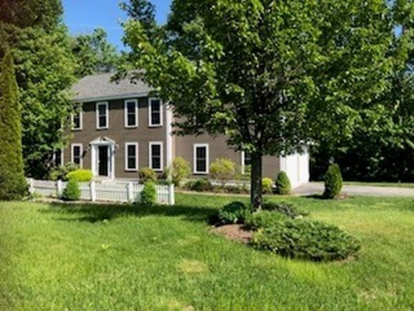 103 Meadow Creek Dr, Dracut, MA 01826 (MLS #72497885) :: Exit Realty