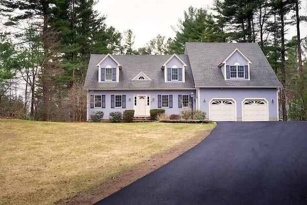 40 Swan Pond Road, North Reading, MA 01864 (MLS #72499831) :: EdVantage Home Group