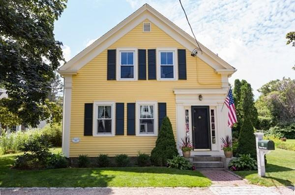13 State St, Sandwich, MA 02563 (MLS #72500426) :: Apple Country Team of Keller Williams Realty