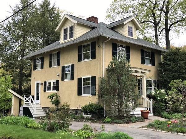 33 Holland Rd, Melrose, MA 02176 (MLS #72500953) :: EdVantage Home Group