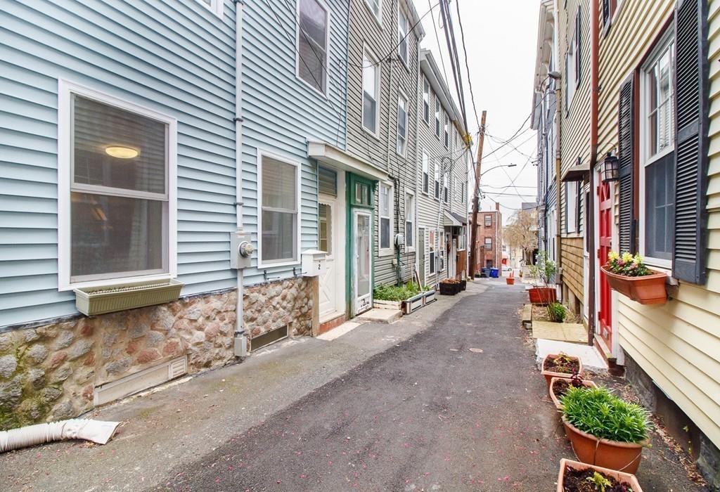 2 Webster Avenue - Photo 1