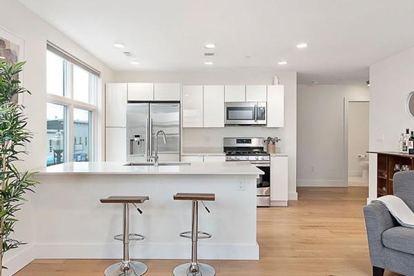 250 Meridian Street #211, Boston, MA 02128 (MLS #72501445) :: Welchman Real Estate Group | Keller Williams Luxury International Division