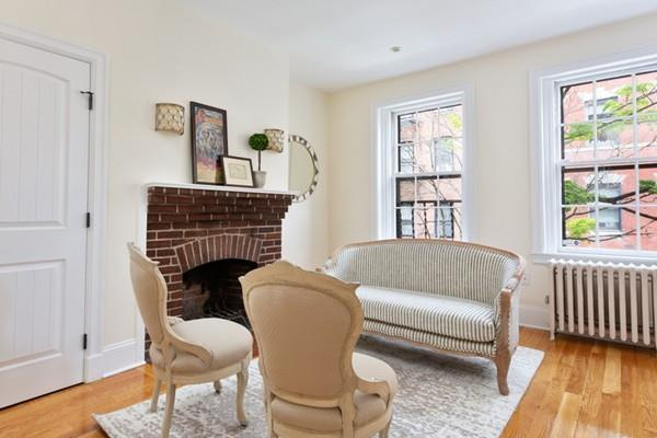 6 Phillips Street #2, Boston, MA 02114 (MLS #72501451) :: Compass Massachusetts LLC