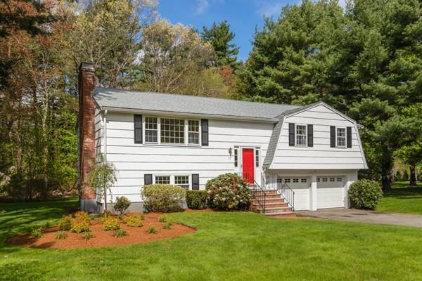 27 Briar Ln, Westwood, MA 02090 (MLS #72502143) :: EdVantage Home Group
