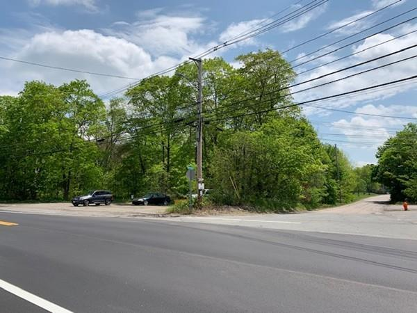 1053 West St, Wrentham, MA 02093 (MLS #72503516) :: Primary National Residential Brokerage