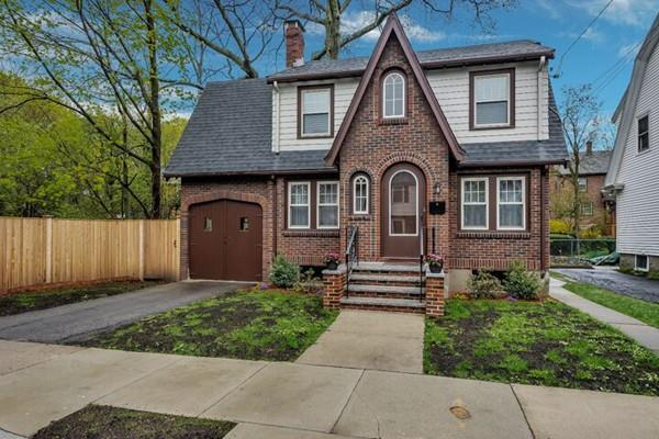21 Homewood Road, Boston, MA 02132 (MLS #72503770) :: The Muncey Group